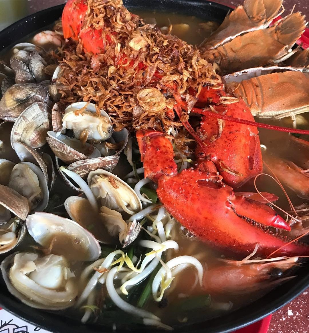 7 Over The Top Seafood Dishes In Singapore That Are Only