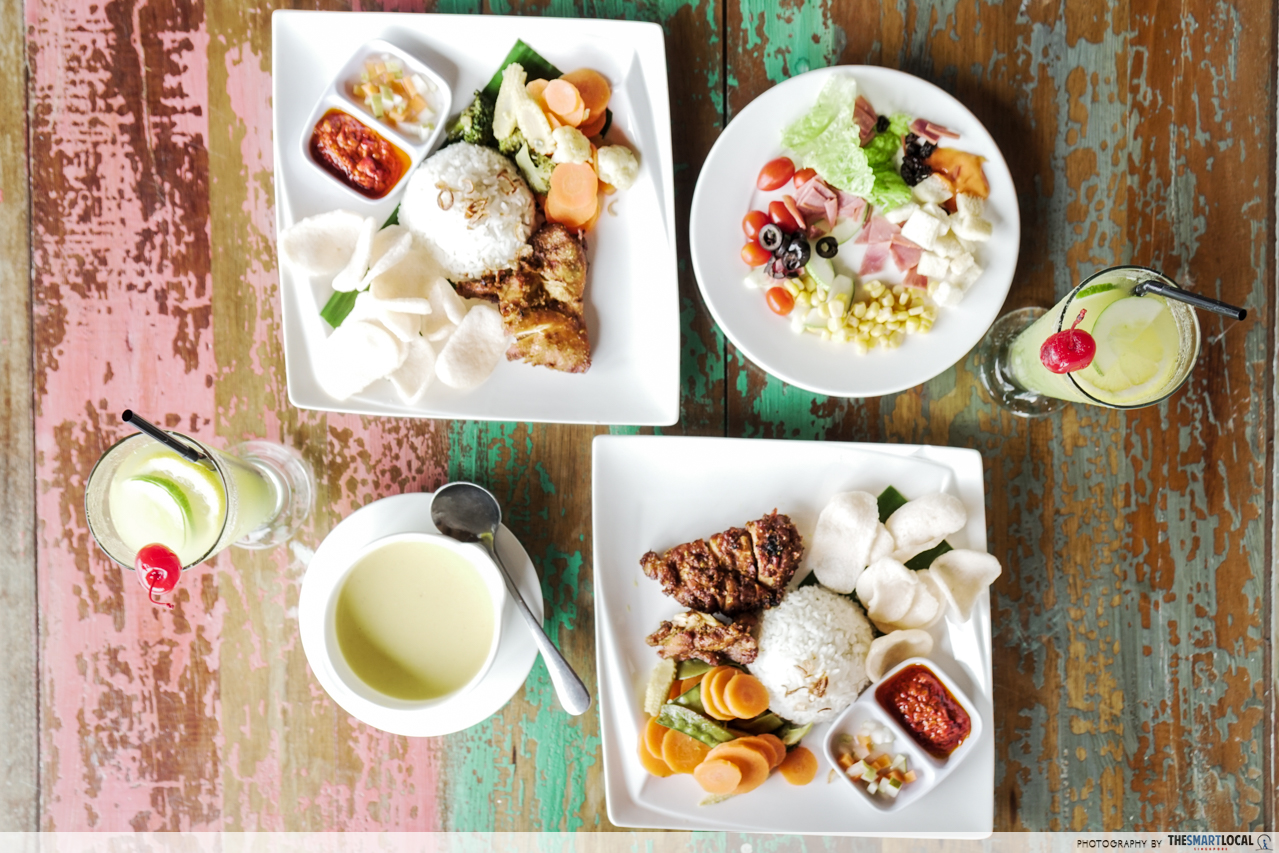 Telunas Resorts (9) - Indonesian lunch