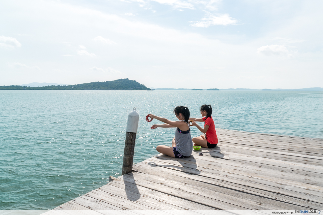 Telunas Resorts (21) - Dock fishing