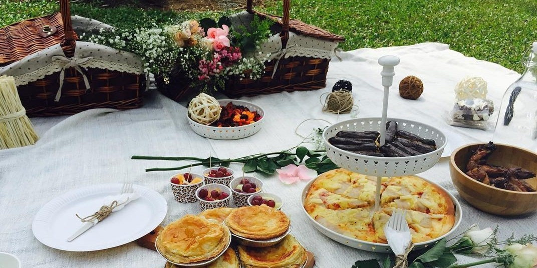 Beauteaq luxury picnic setups catering companies in Singapore with cheese and wine