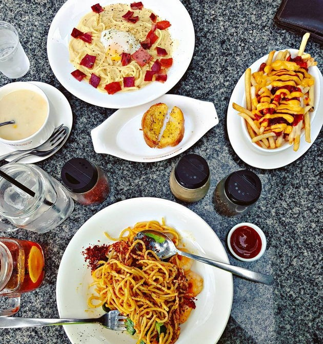 Eighteen Chefs cheap fusion food new weekend student set meal promotion