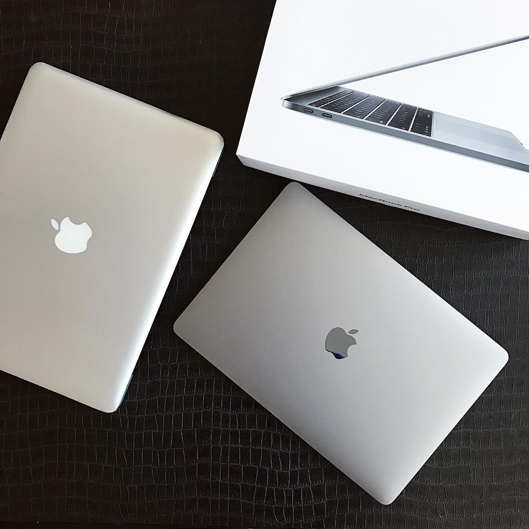 Seemingly useless items (10) - Macbooks