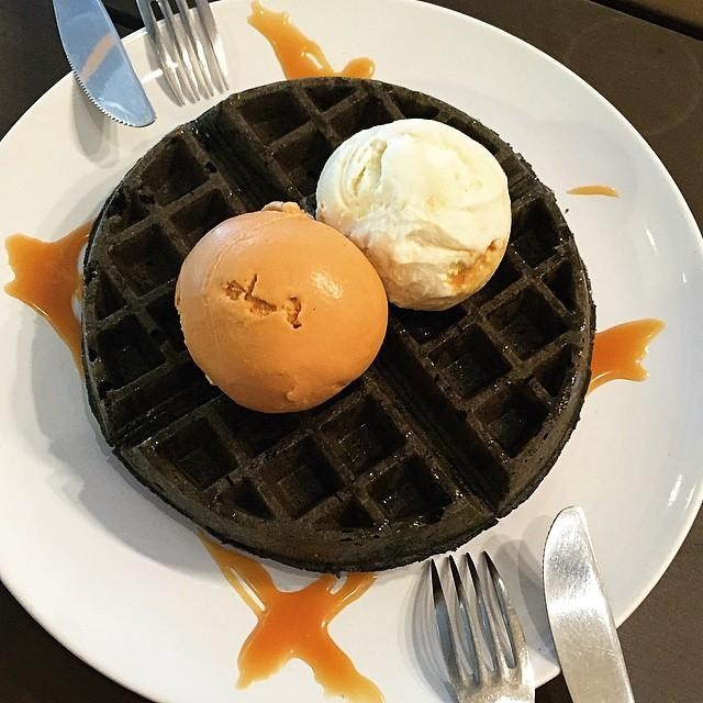 obscure cafes - charcoal waffle and ice cream