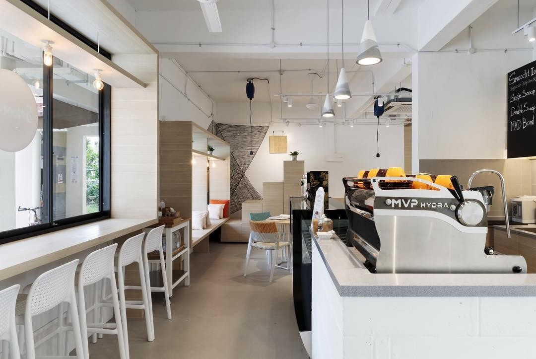 obscure cafes - minimalist interior