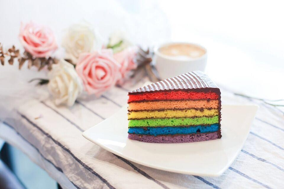obscure cafes - rainbow chocolate cake