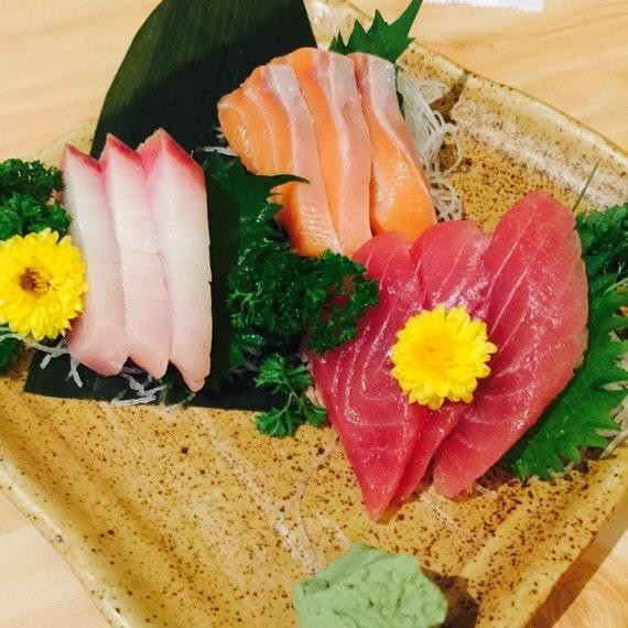 sashimi - assorted