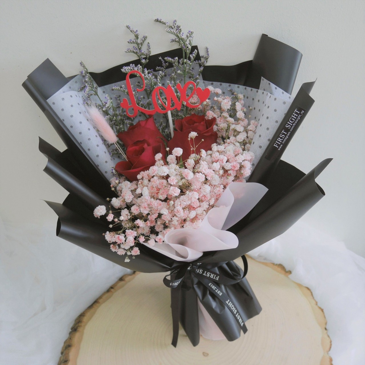 8 affordable valentines day bouquets under 50 all over singapore first sight bouquets with soft preserved roses from japan izmirmasajfo