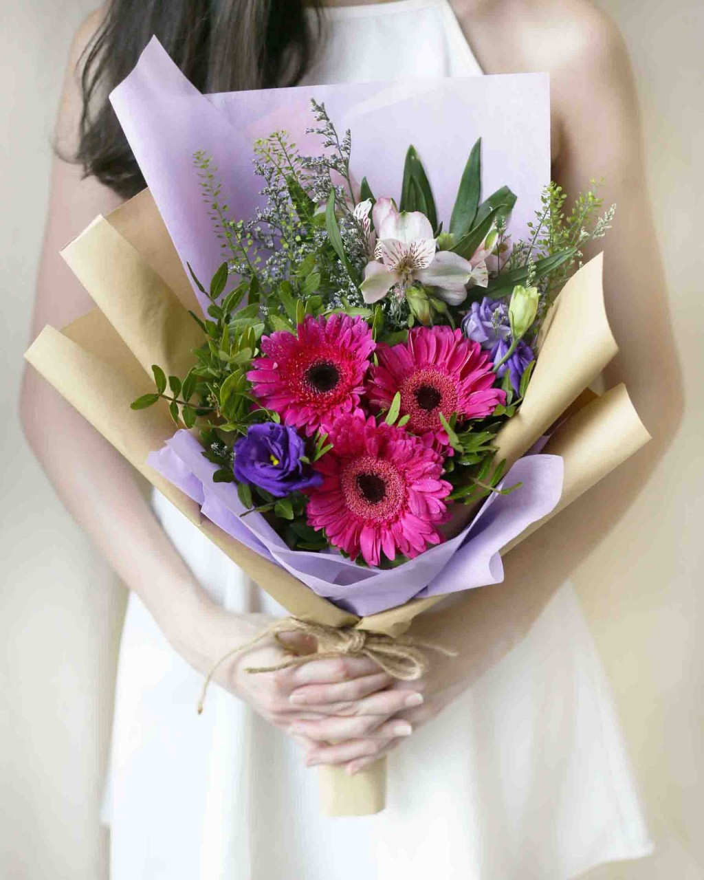 8 affordable valentines day bouquets under 50 all over singapore windflower florist daisy me rolling izmirmasajfo
