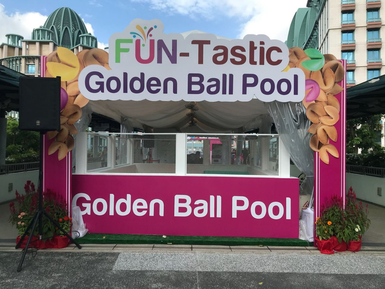 Sentosa - Golden Ball Pool