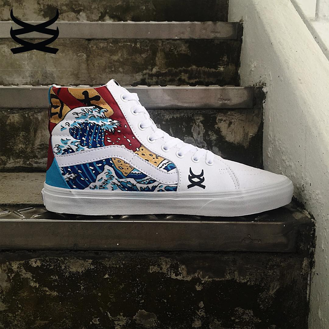 People's Champ Shop Converse Chuck Taylor 'Nippon Great Wave'.