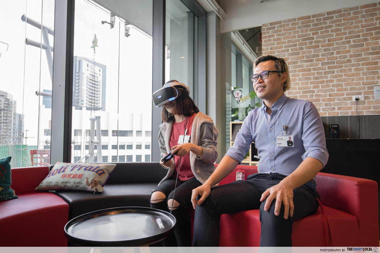 rakuten office games room VR game