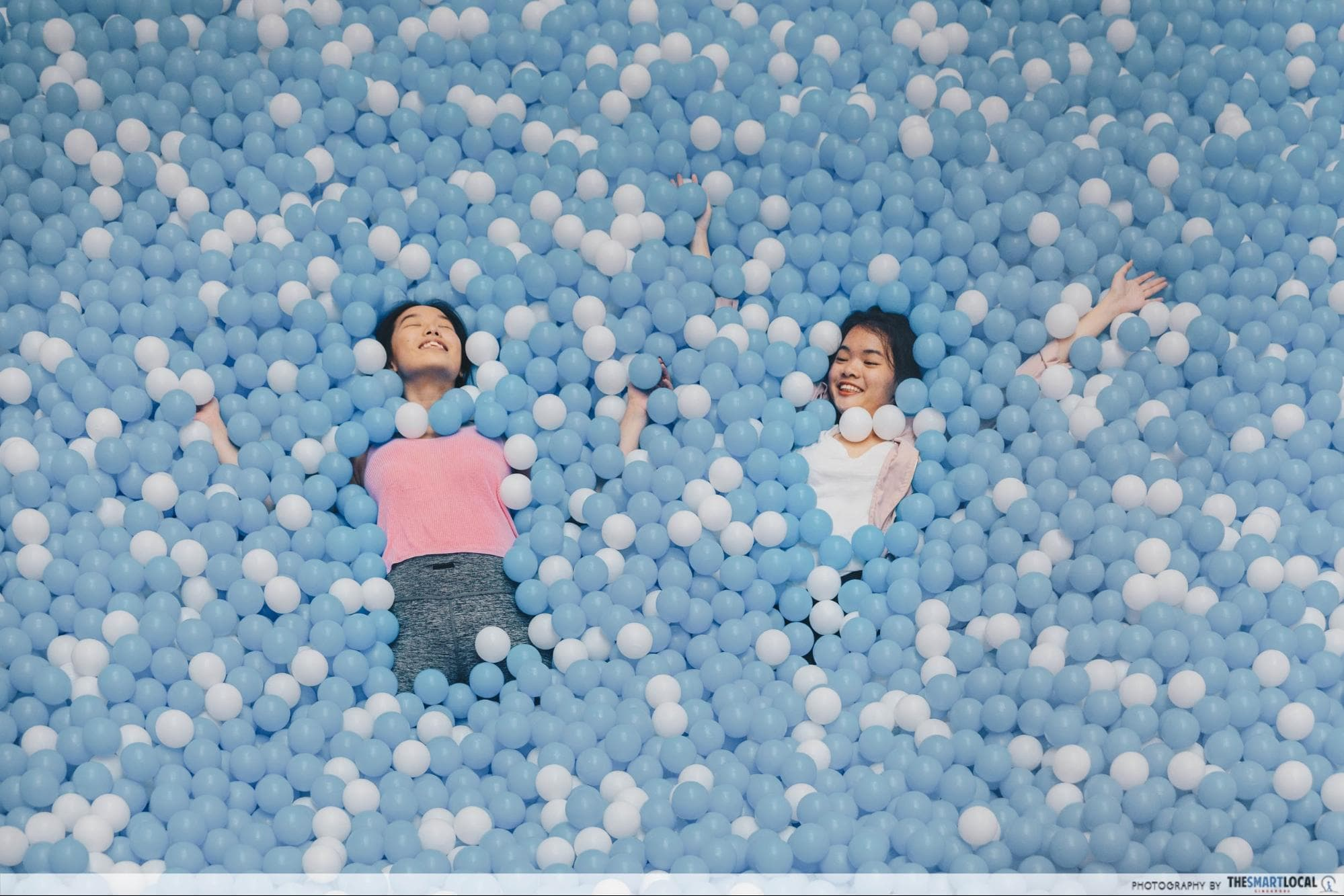 Airzone Singapore - Suspended Ball Pit