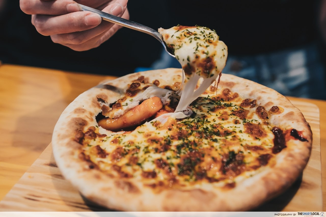 Sulbing Korean Dessert Cafe-  Cheese Ttokpokki Pizza