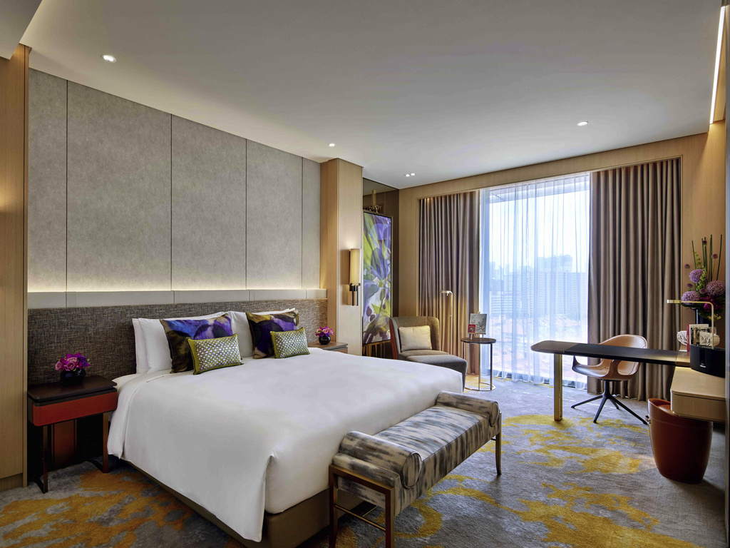 Sofitel City Center bedroom