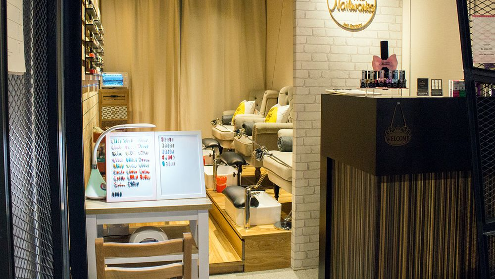 affordable nail salons in the west