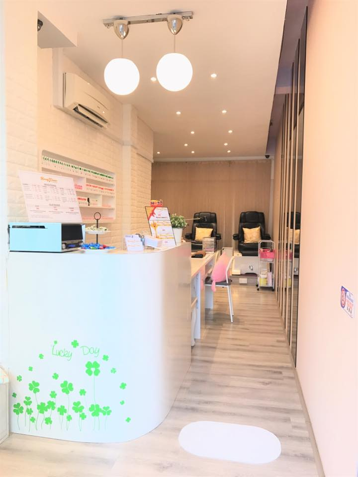 best neighborhood nail salons in singapore
