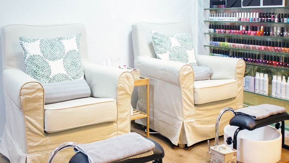 affordable nail salons in central singapore