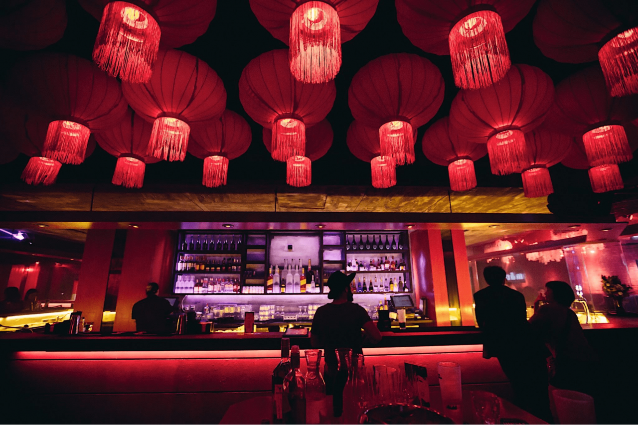 MAO-red-lanterns-and-bar