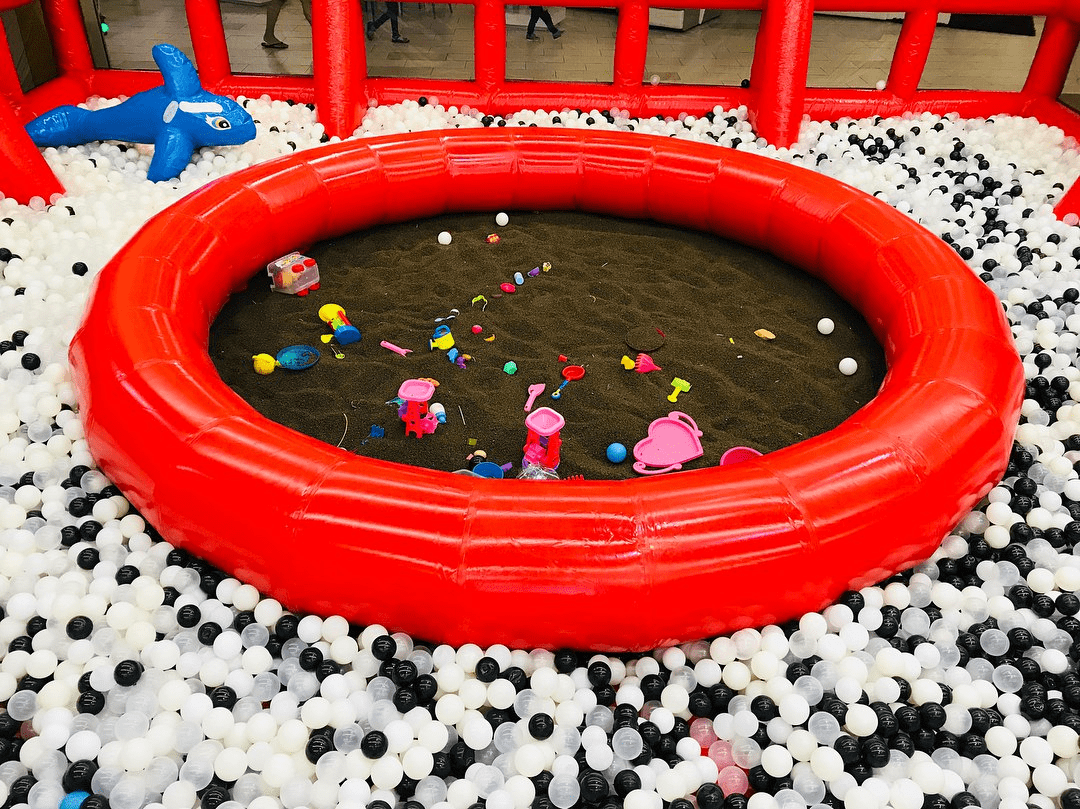 my little giant - Cassia Seed Play ball pit