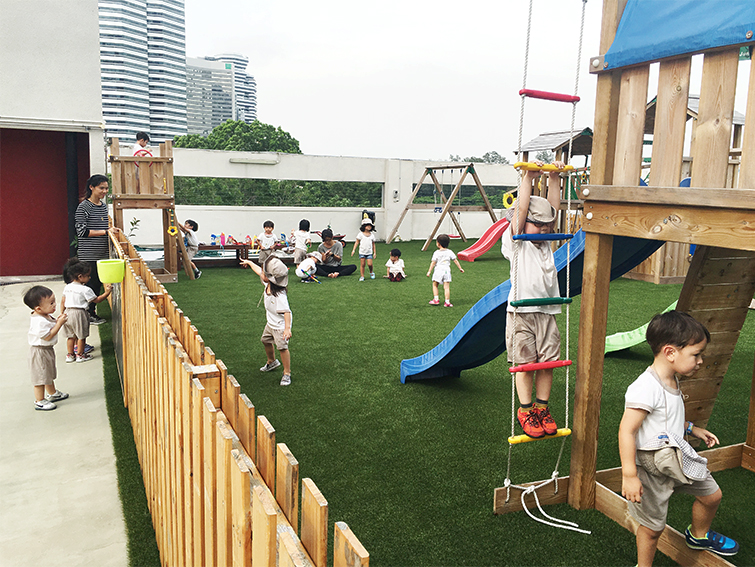 LeClare Preschool rooftop playground