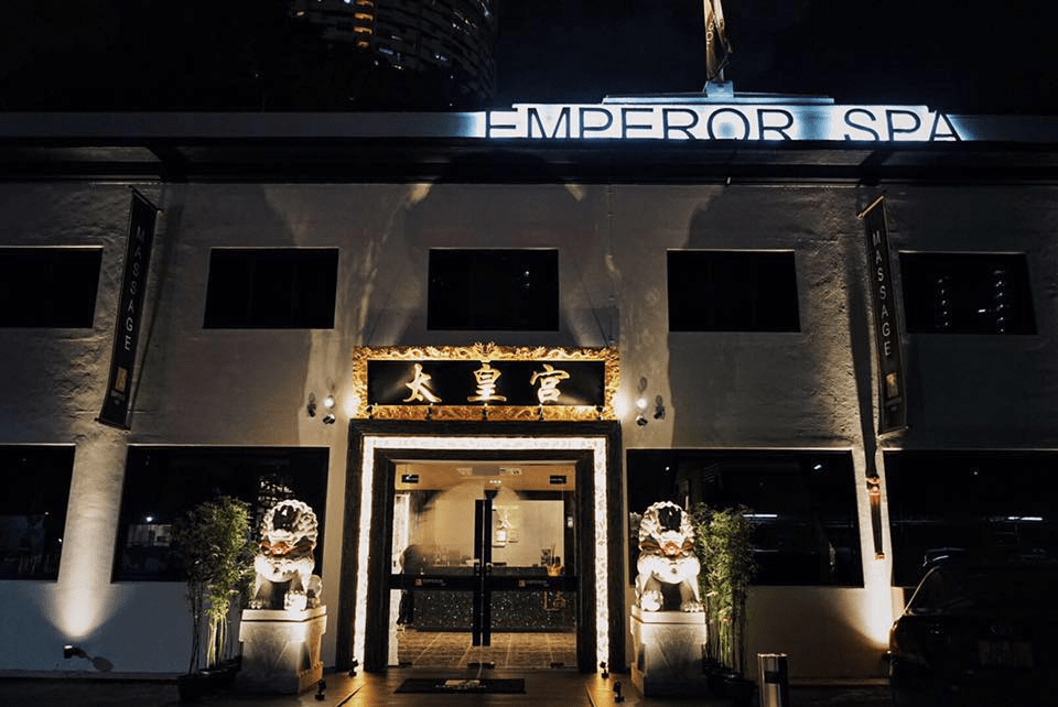Emperor spa massage