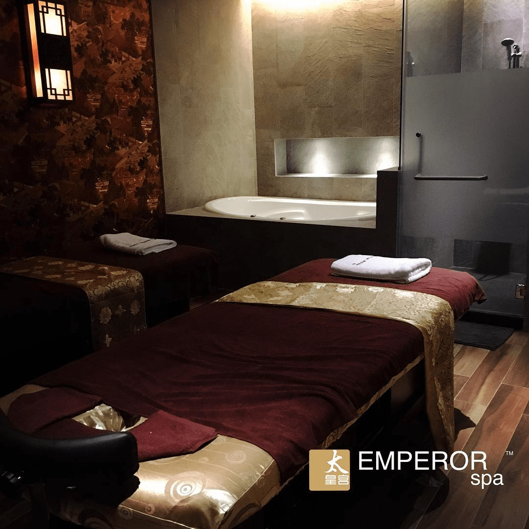 emperor spa - massage room