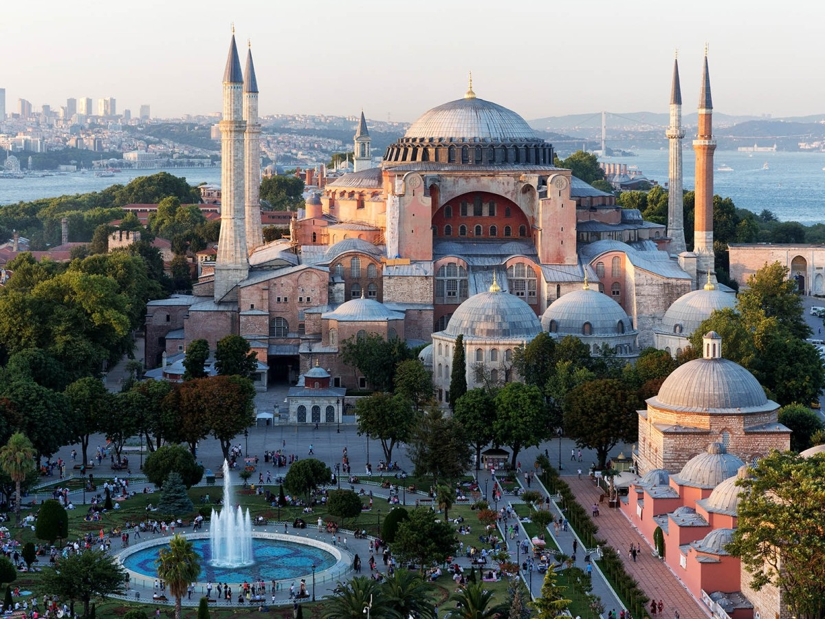 hagia sophia istanbul best time to visit