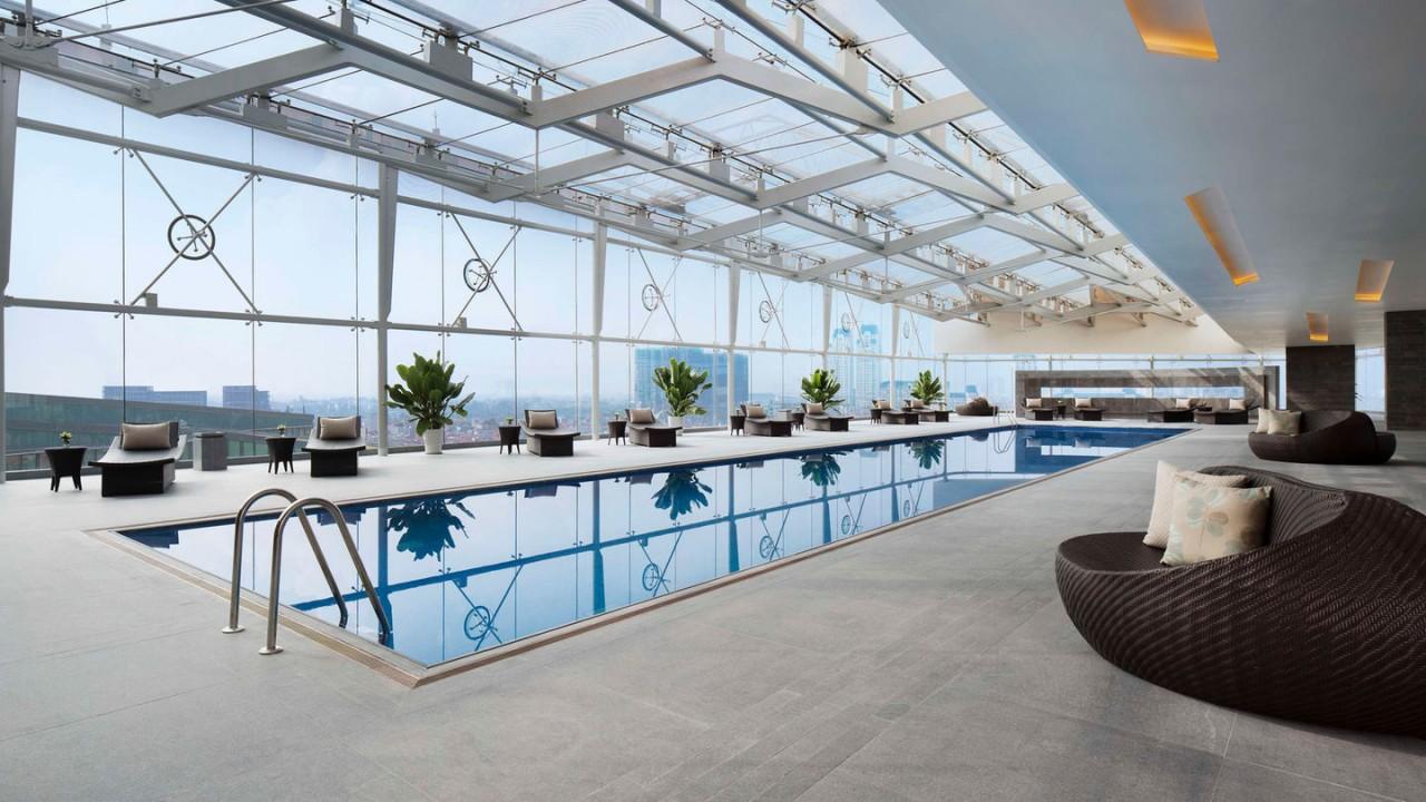 J.W Marriott Hotel Hanoi pool business