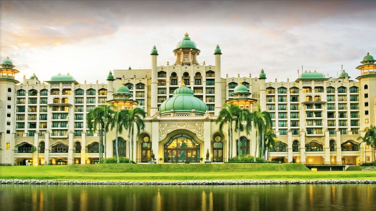 Palace of the Golden Horses, Selangor castle royal malaysia
