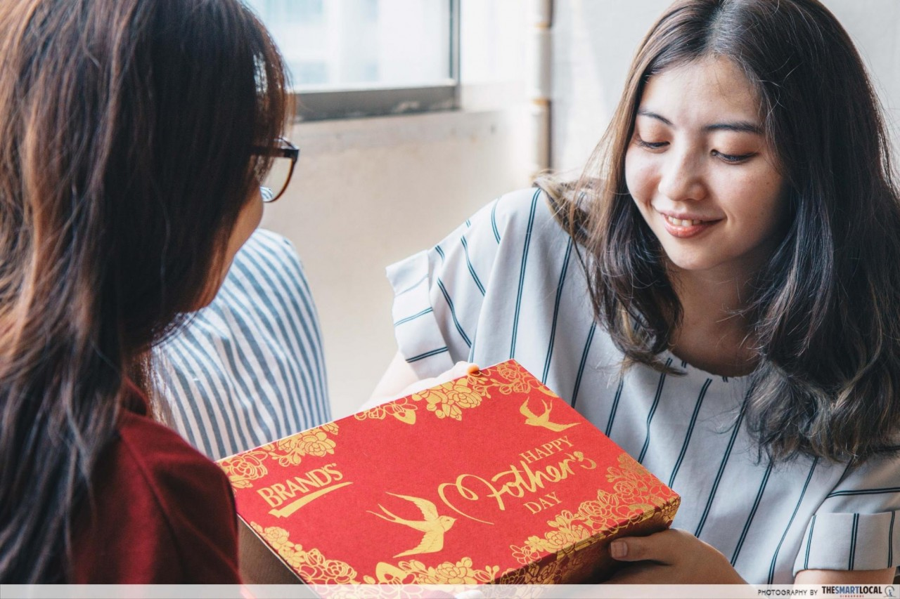 BRAND'S Mother's Gift Set comes with Bird's Nest