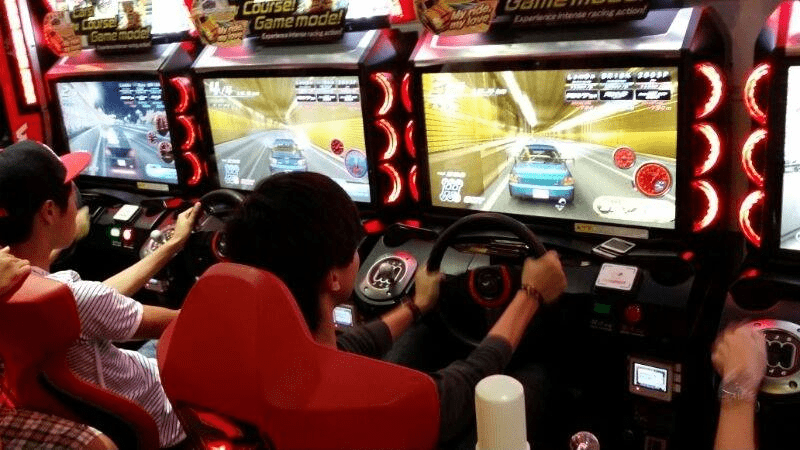 Zone X - car-racing arcade game