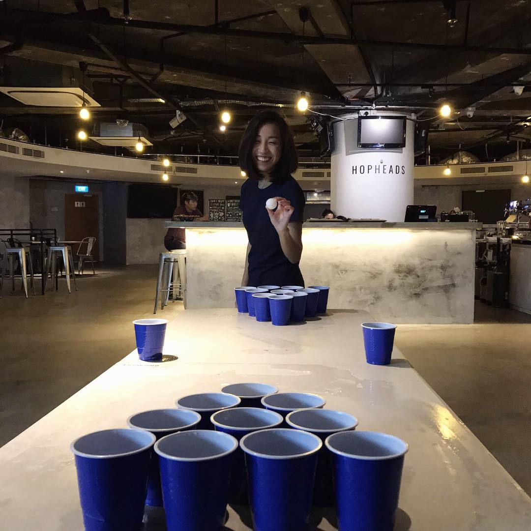 hopheads bar games singapore beer pong