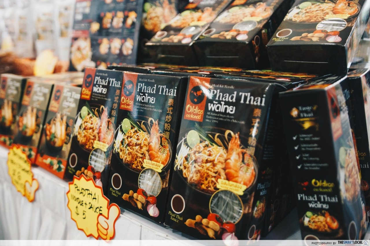 Oldies thai sauce - Phad Thai noodles and sauce