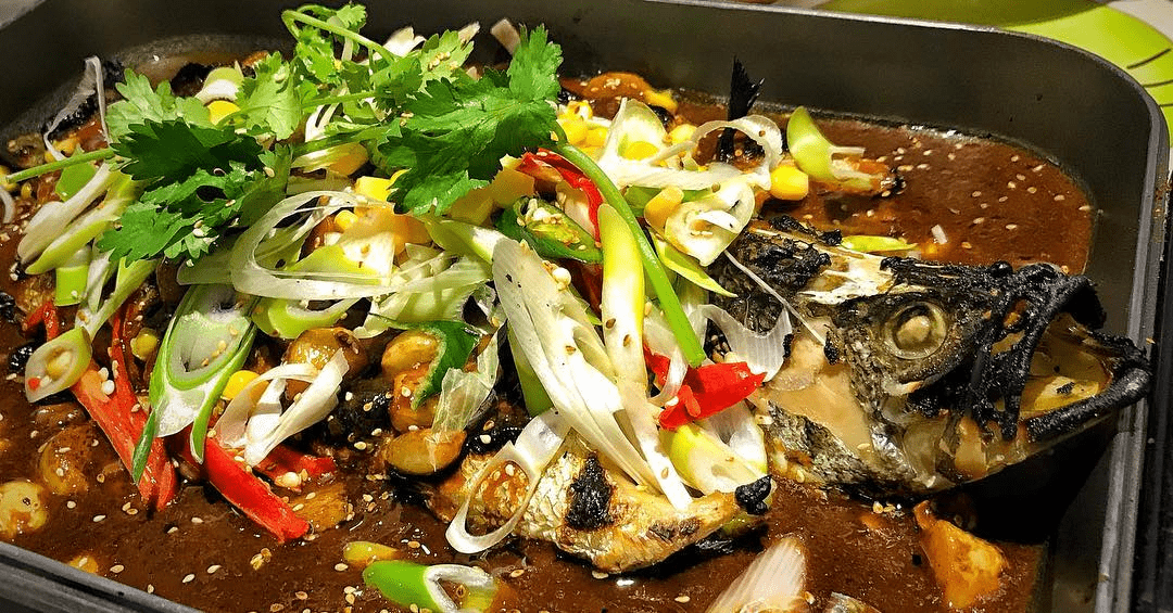 7 affordable non hotel seafood buffets in singapore from - East buffet hawaiian gardens price ...