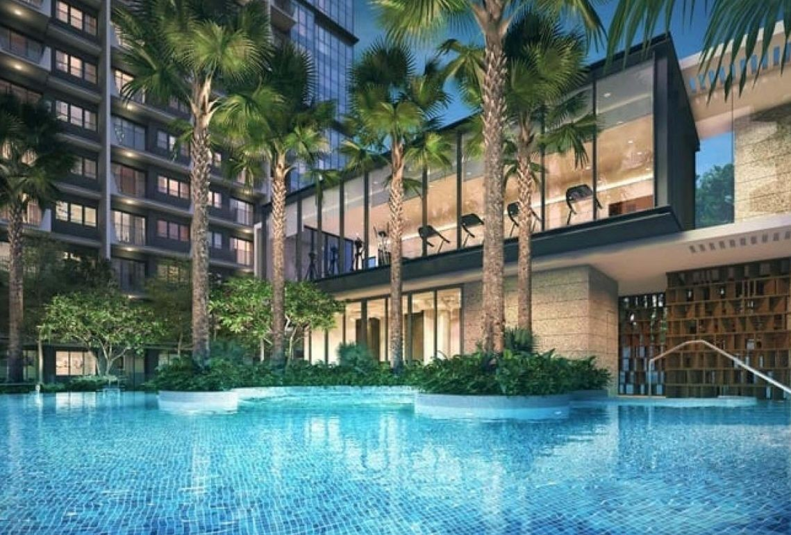 The Garden Residences - gym over the pool