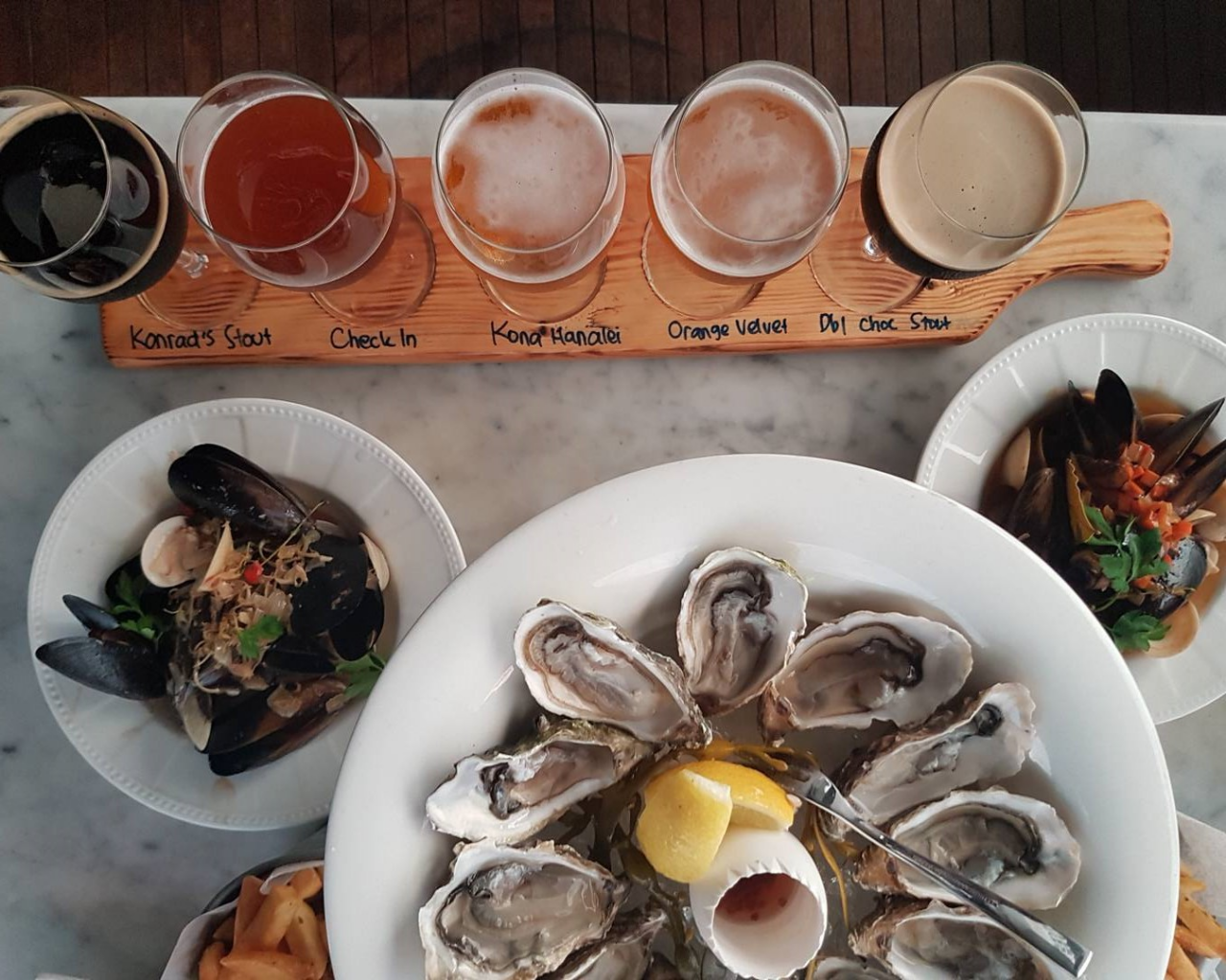 angie's oyster barsingapore beer paddle