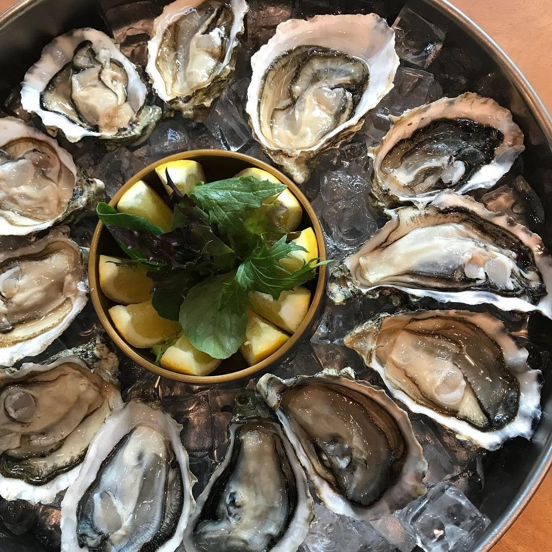 atmastel oyster happy hour $2