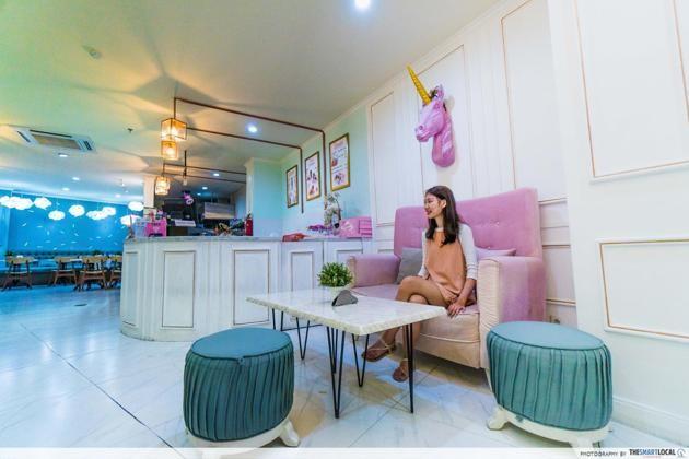 Bali - cloud cakes interior