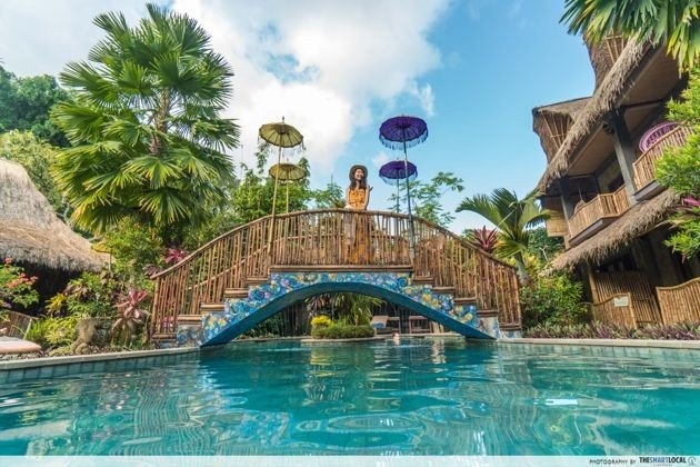 Bali - bridge and pool