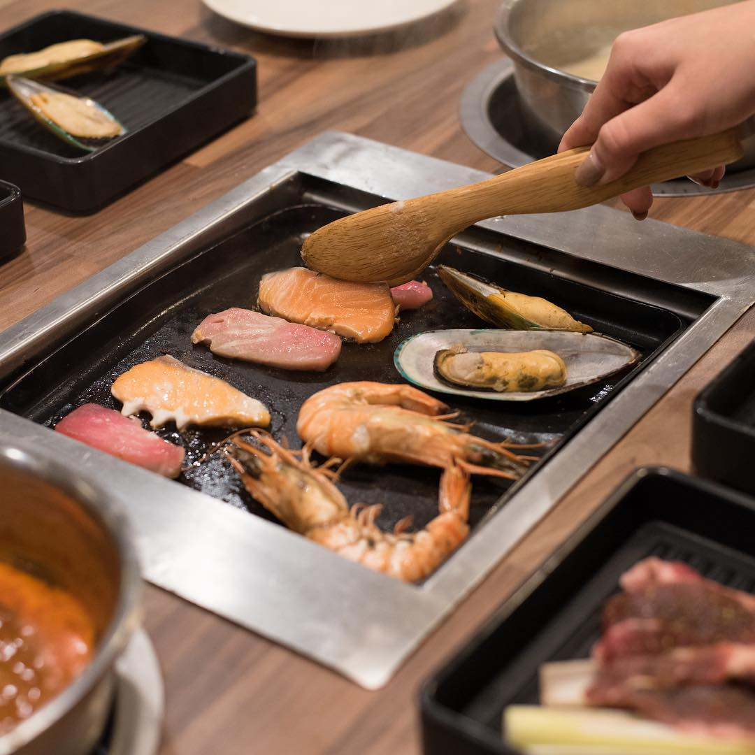 8 Halal Buffet Dinners in Singapore At $35/Pax And Under To Break ...