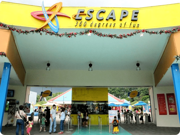 Escape theme park - entrance
