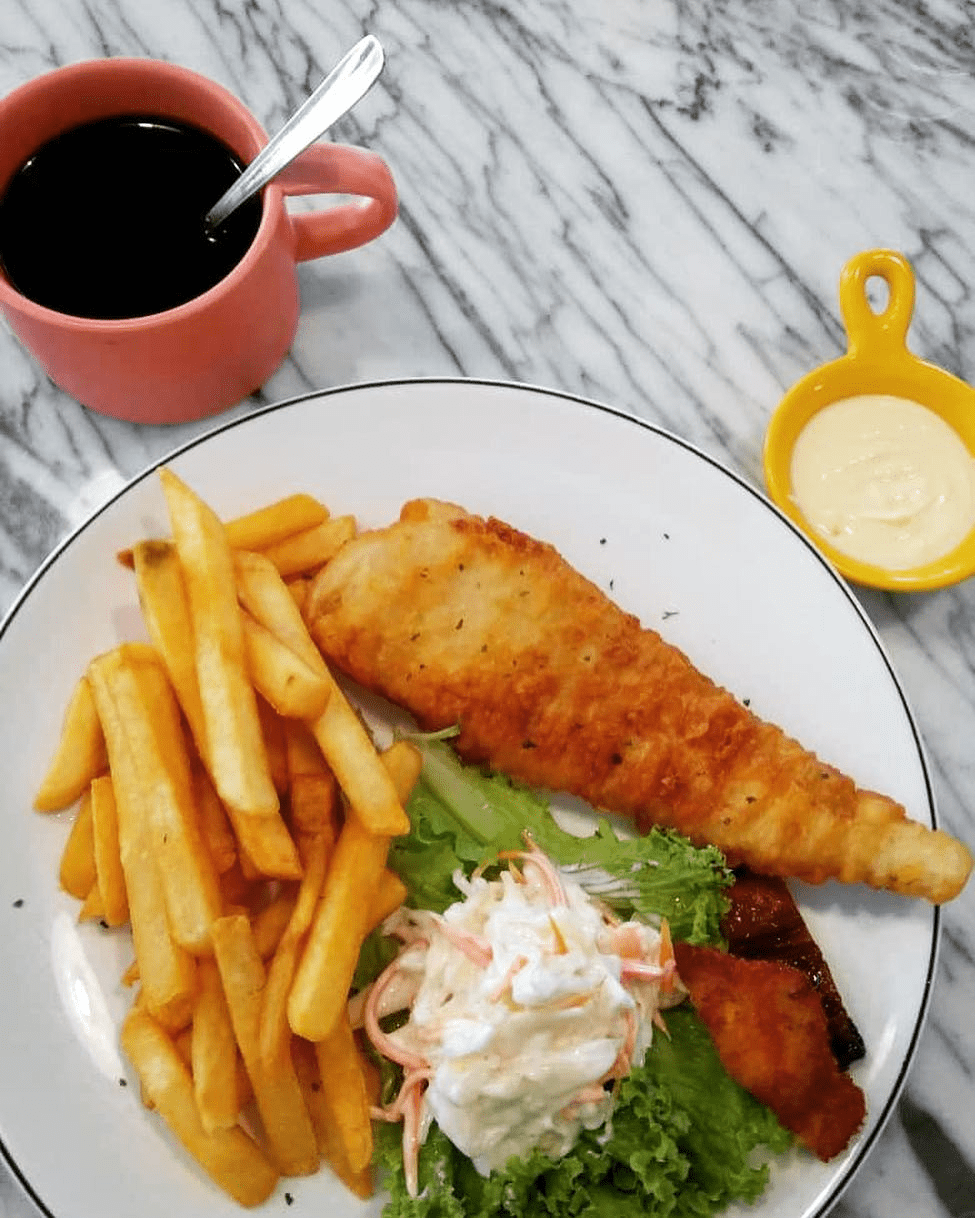 Lamuse cafe - fish and chips