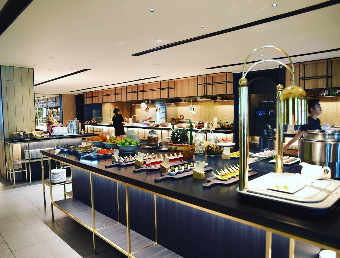 PARKROYAL Penang Resort buffet