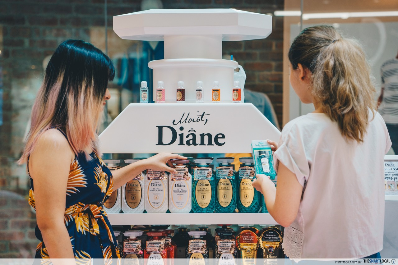 Moist Diane - 6 different shampoos