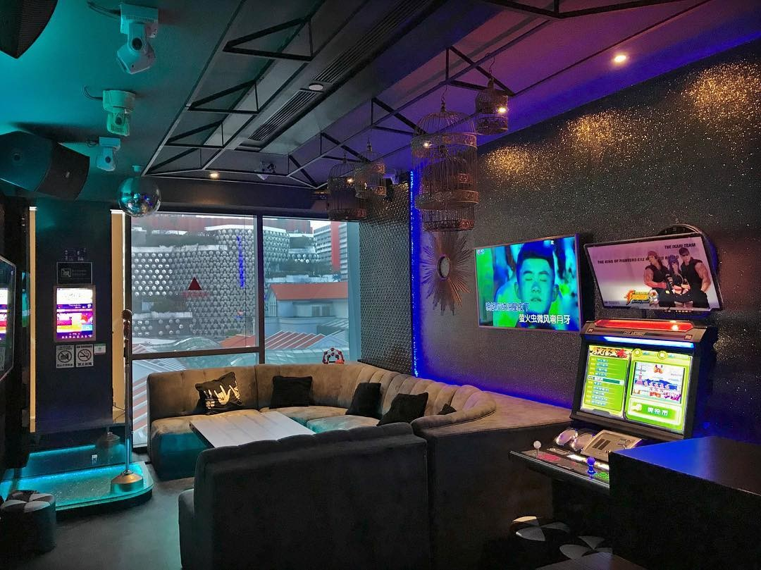 10 Karaoke Places In Singapore's Town Area For Convenient