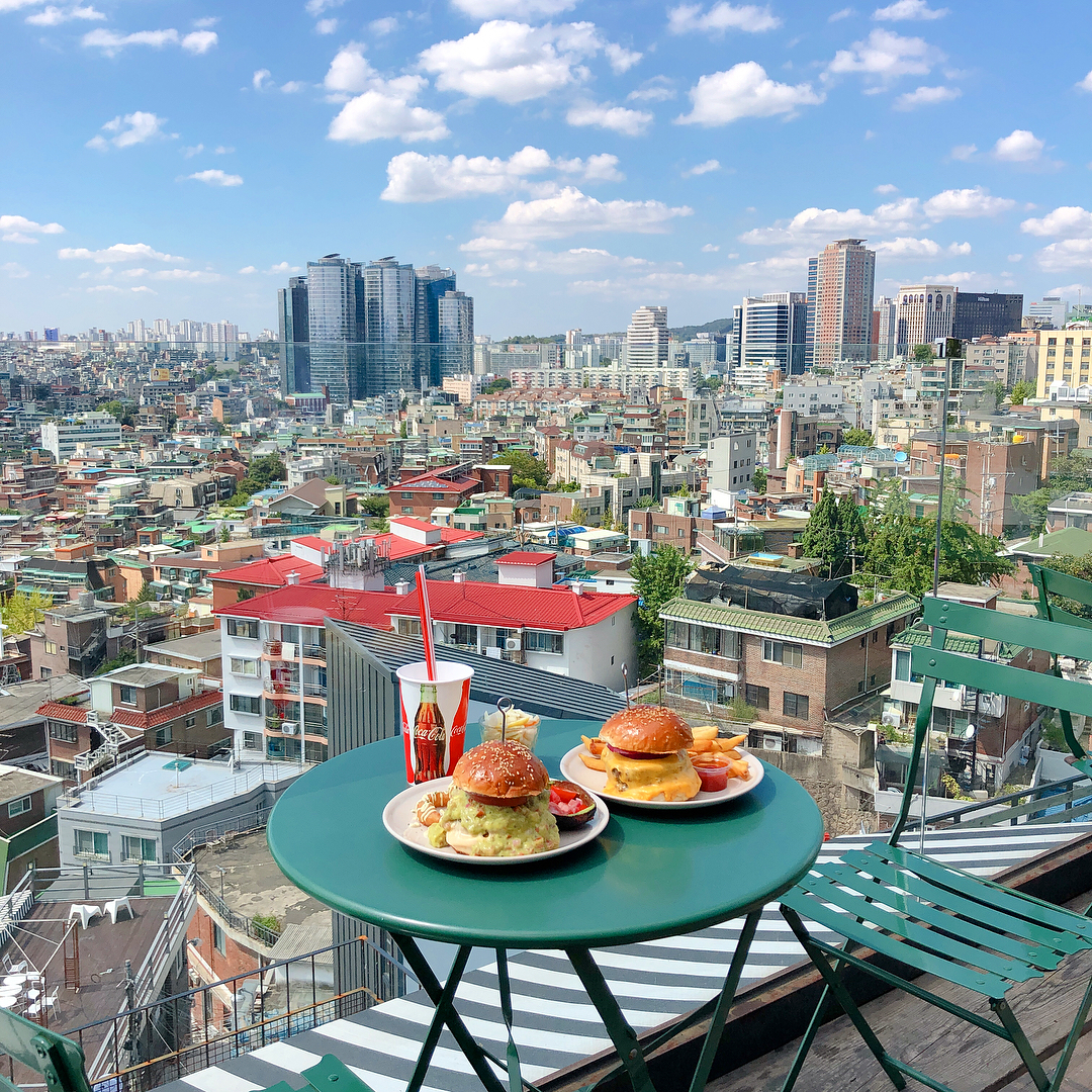 Seoul Restaurants view Korea - the 100 foodtruck burger bar