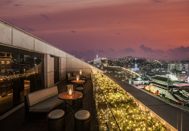 Seoul Restaurants view Korea - the griffin rooftop bar restaurant