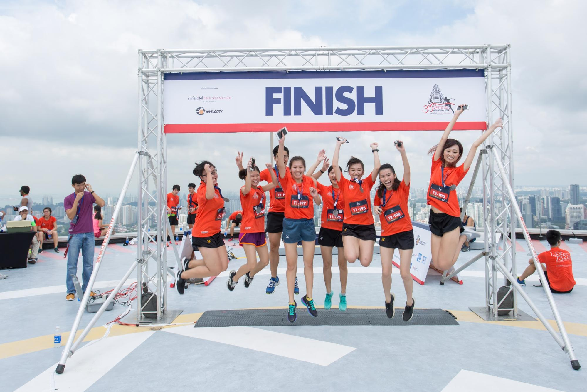 vertical marathon swissotel the stamford 2018 - finish line winners