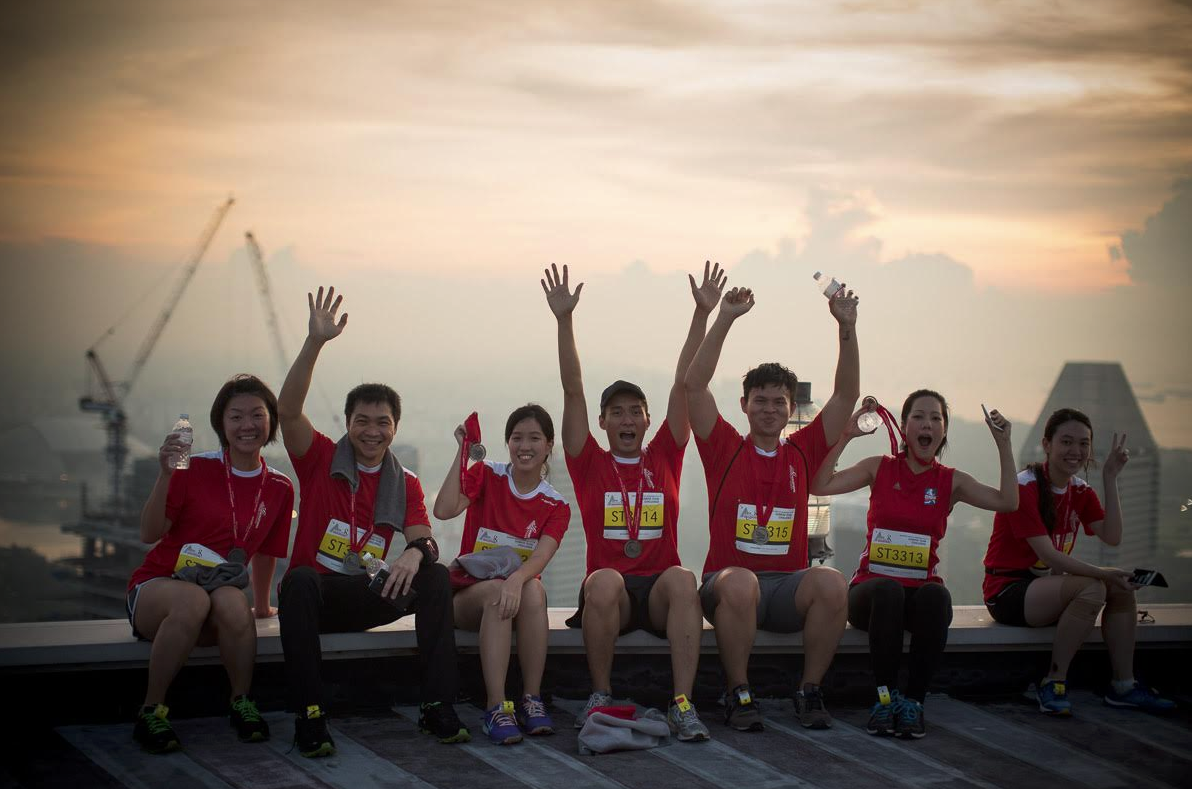 vertical marathon swissotel the stamford 2018 - triplefit rise & run with the sun