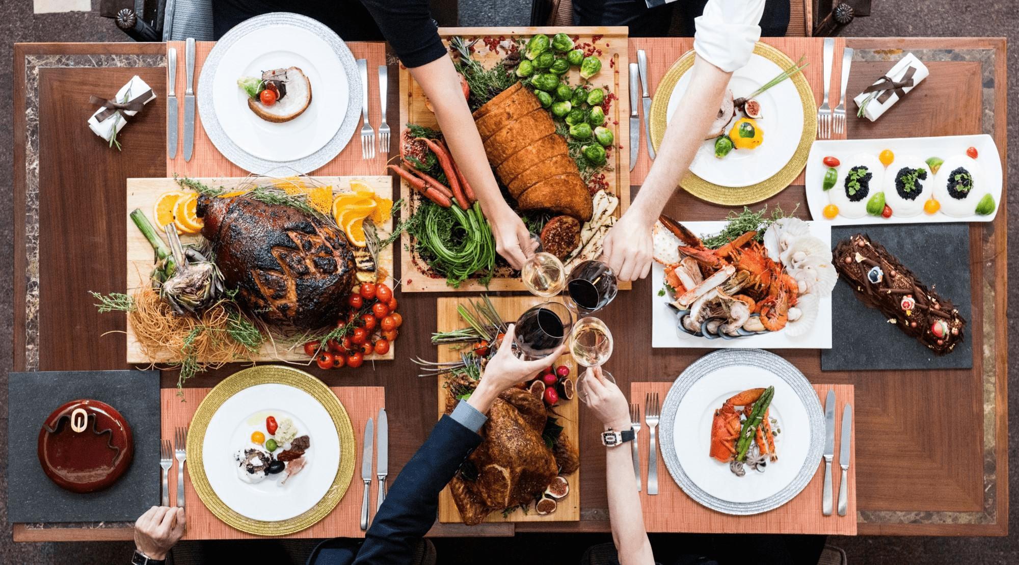 10 Christmas Takeaway & Delivery Deals In 2018 - Festive Roasts, Paella, & 20% Off Foodpanda Orders